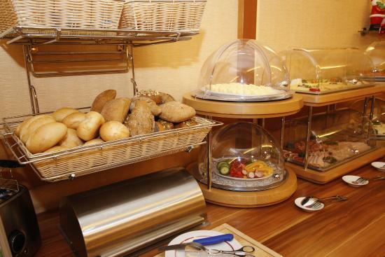 Hotel Märkischer Hof: Frühstücksbuffet