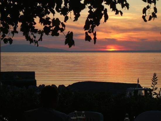 Jakisnica, Kroatien: Tramonto a cena