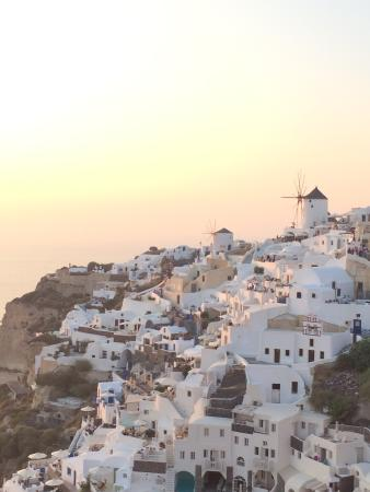 Sunset in Oia: view1