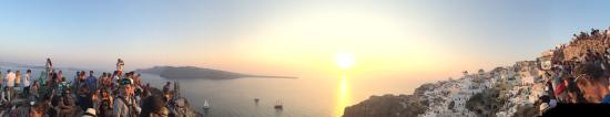 Sunset in Oia: view2