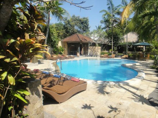 Saren Indah Restaurant: Nice pool area