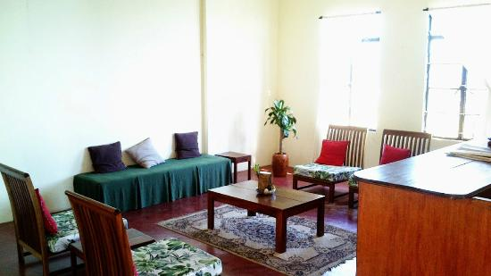 Lunglei, Indie: Waiting area