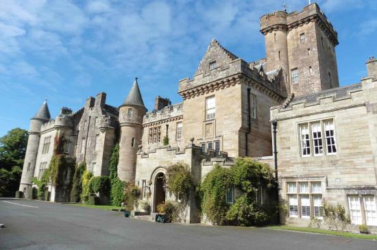 Glenapp Castle: The front of the hotel