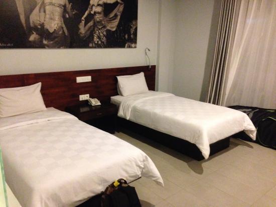 Fourteen Roses Hotel: photo0.jpg