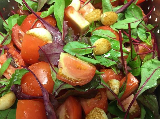 Top of the Park Restaurant: Bocconcini, Tomato & Basil Salad