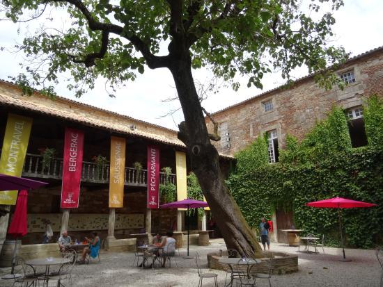 Musée de la Ville (du Vin et de la Batellerie)