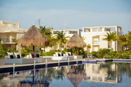 Beloved Playa Mujeres: Pool Views