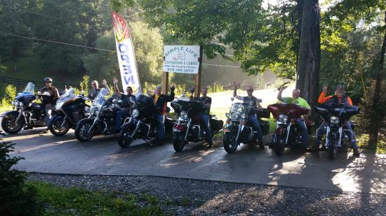 Simple Life Campground and Cabins: Family members from MO in August 2015