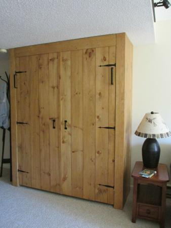 Rivergreen Resort Hotel : Murphy Bed
