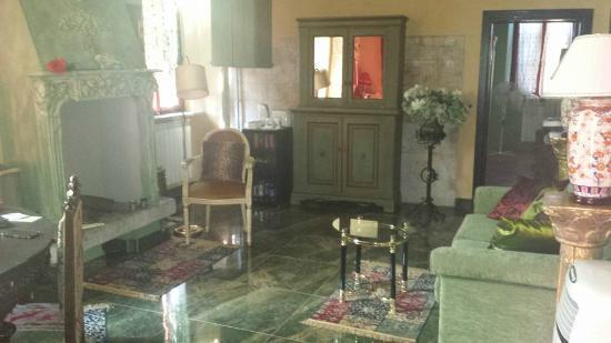 La casa di mini cottage reviews soiano del lago italy for Piani di fattoria del cottage