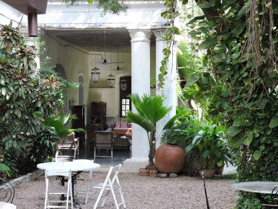 Villa Helena: cour intérieure