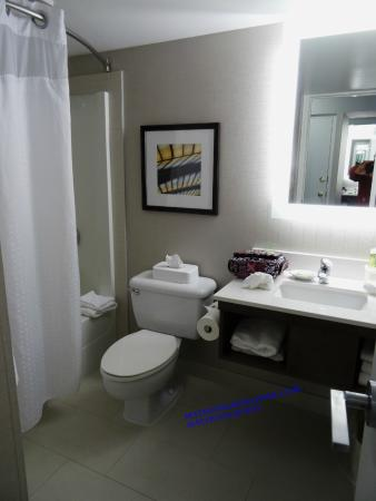 Holiday Inn Express - Kamloops: Clean past Wife's Inspection