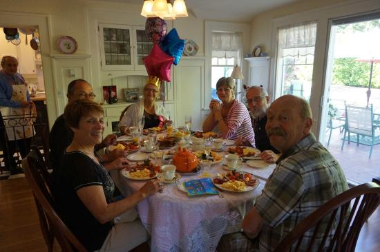 La Rosetta Bed & Breakfast: A festive Breakfast for a very special celebration