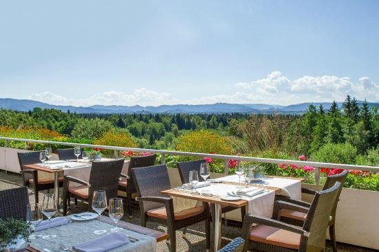 Allgäuer Terrassenhotel: Terrasse mit Panorama-Blick