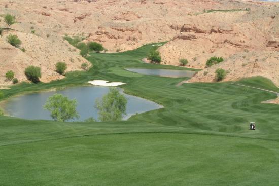 Wolf Creek Golf Club : Twelve tee box
