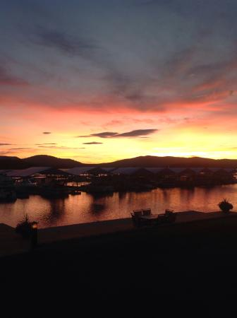 Hope, ID: Pend Orielle Lake Sunset