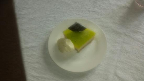 Beeston, UK: Lime and jelly cheesecake