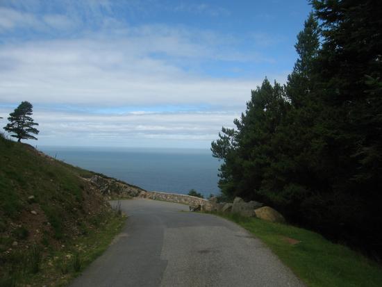 Llithfaen, UK: Road to Nant Gwrtheyrn before storm (2)