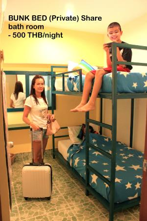 Tid Tarad Hostel Hua Hin: Bunk bed (for Two) share bathroom Room#2