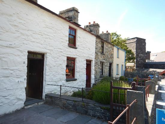 National Slate Museum: The quarrymen's houses as viewed from the front gate of No. 4 Fron Haul