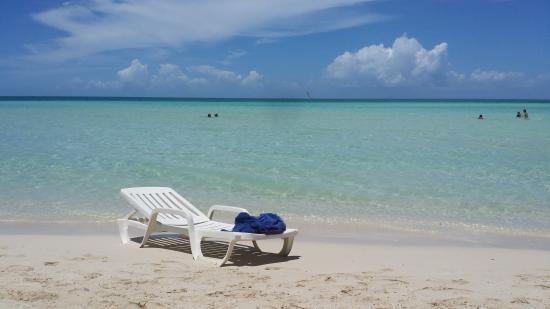 Memories Caribe Beach Resort: My favorite spot on the beach