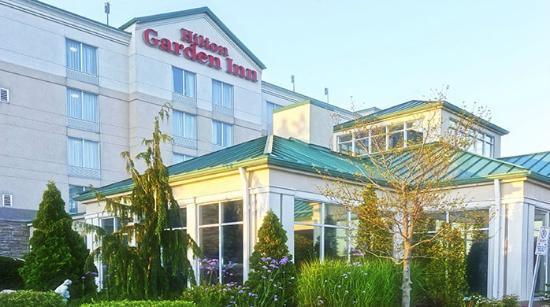 Hilton Garden Inn Niagara-on-the-Lake: Exterior