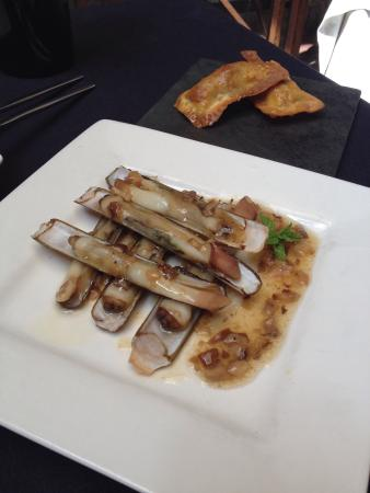 Tast : Comida diferente en un entorno acogedor y tranquilo. Cantidad y calidad perfecta, menú de 5 tapa