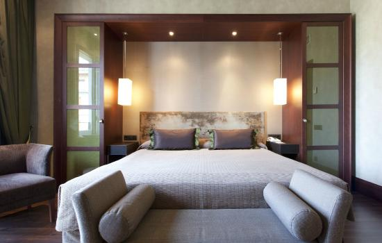 Photo of Barcelona Center Hotel