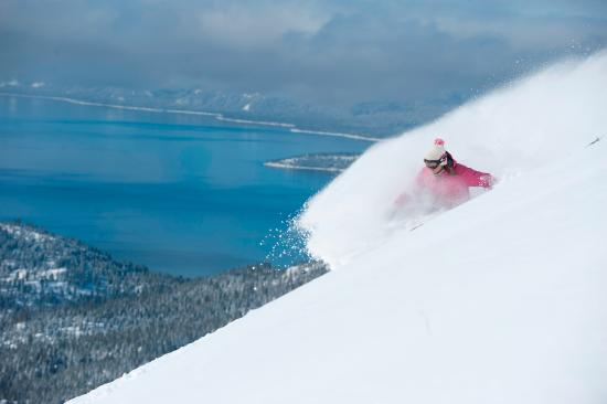 Ski Lake Tahoe: Deep Turns