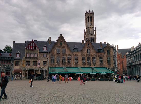 Burg Square