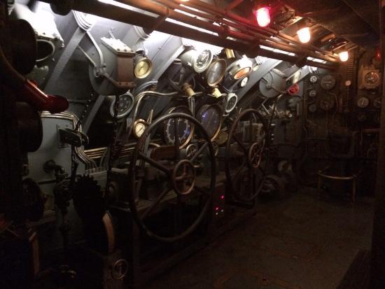 Int rieur du sous marin u 571 foto di cinecitta si for Interieur sous marin