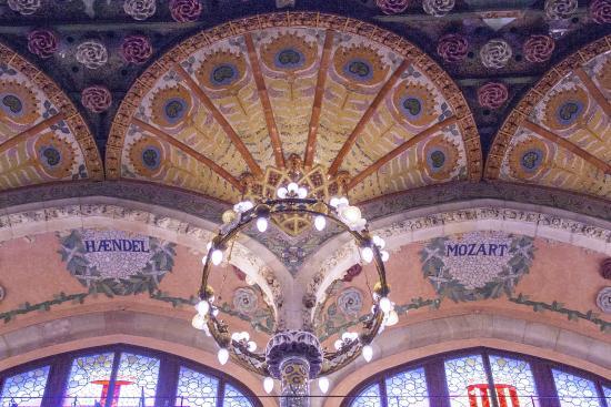 Palau de la Musica Orfeo Catala: Decoración de las tribunas laterales