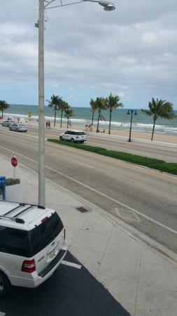 Fort Lauderdale Beach: praia em frente do Hotel Snooze