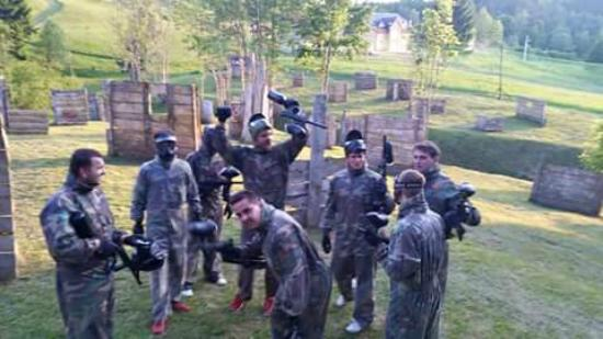 Kupjak, Kroatia: paintball 12+