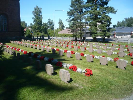 Palkane, Finland: War memorial