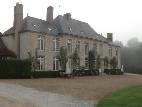 Chateau de Sarceaux