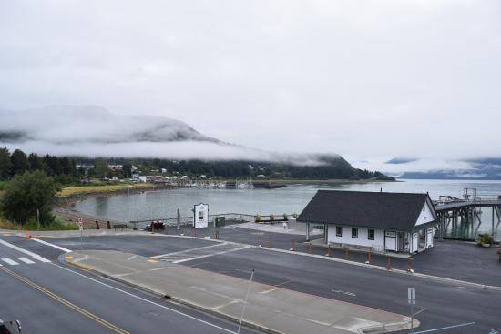 Sheltered Harbor: Blick von der Terrasse