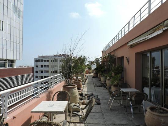 Hotel RIHAB : Ресторан на крыше отеля Рихаб
