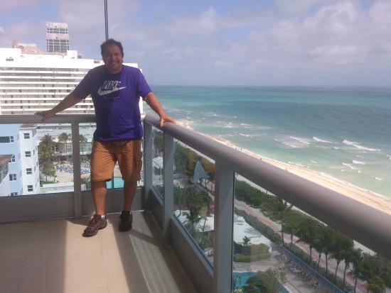 Monte Carlo Miami Beach Balcón Al Mar