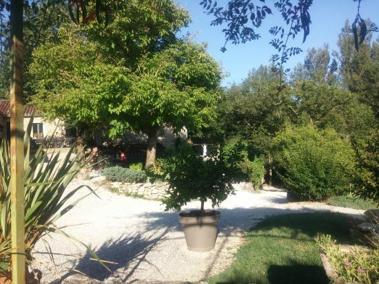 Belaye, France : une vue du jardin