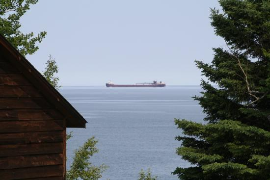 Gooseberry Park Cottages and Motel: Freighter on Lake Superior