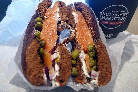 Brueggers Bagel Bakery