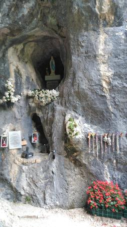 Percorso Natura: Grotta madonna