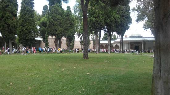 Topkapi Palace: Jardim interno
