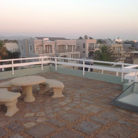 Secret Garden Guesthouse : From the roof top
