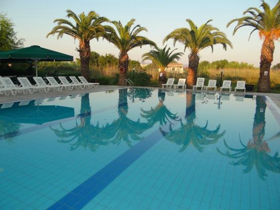 Morfeas Hotel S Pool