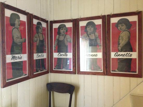 Dionne Quints Museum: The quints