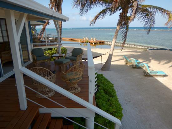 Turneffe Flats : Oceanfront patios
