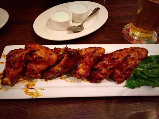 Doolittles Woodfire Grill: Great food and service.
