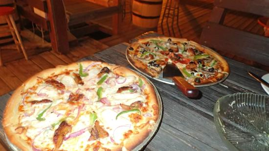 Pizza Galley: Pizzas!!!
